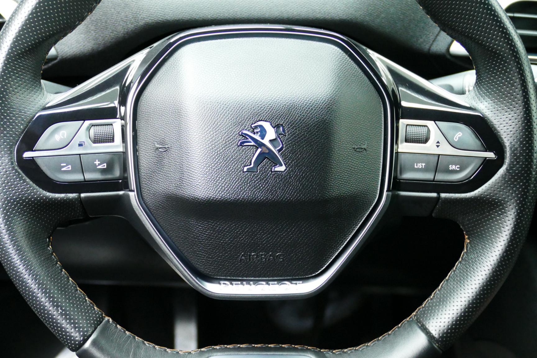 Peugeot-3008-13