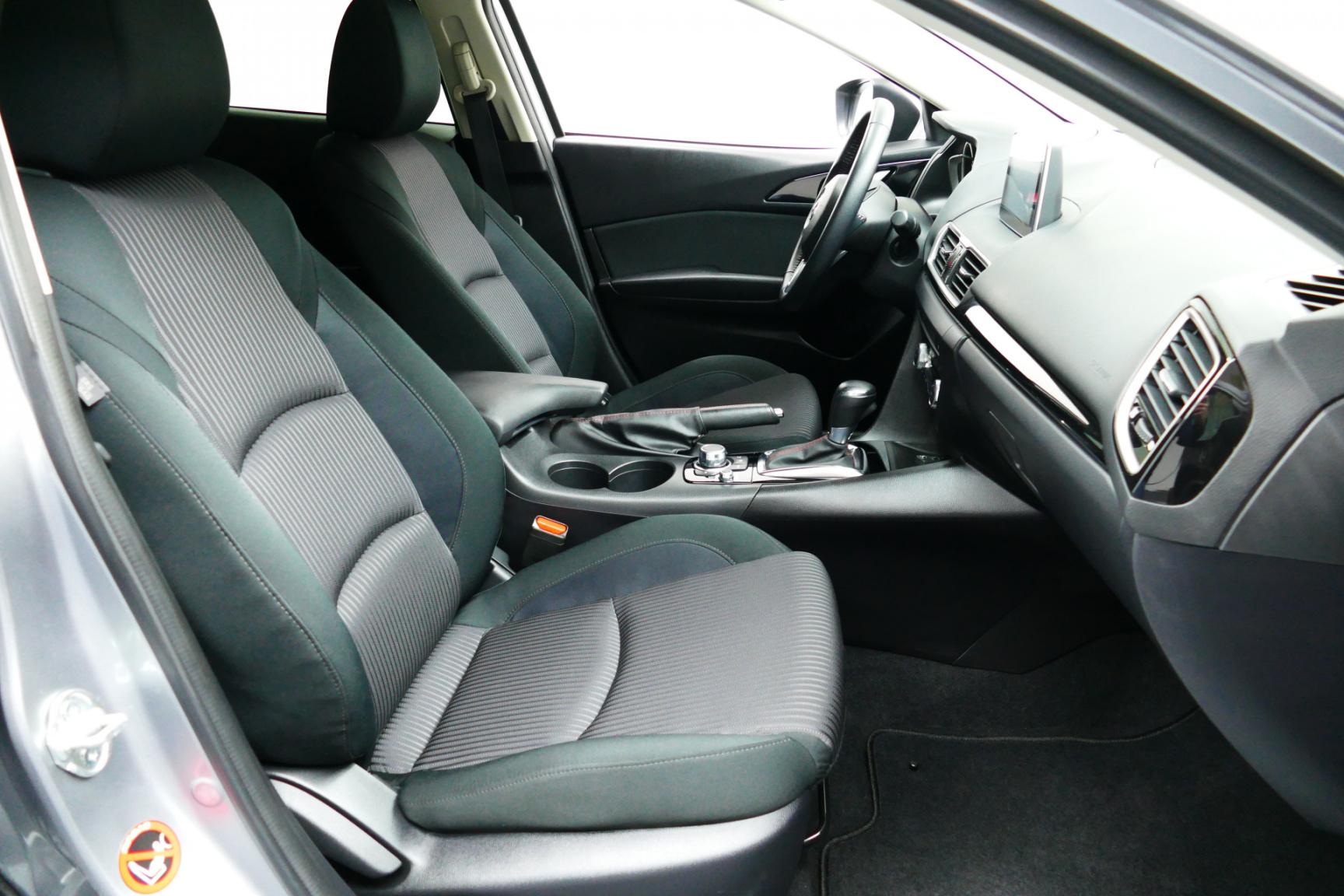Mazda-3-1