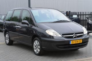 Citroën-C8