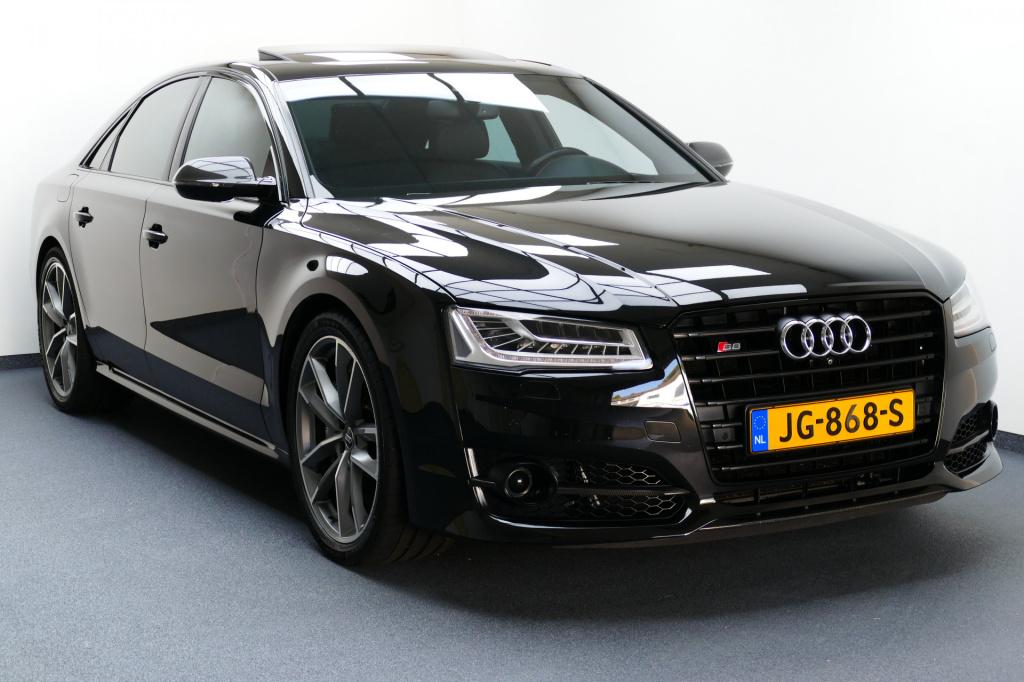 Audi-S8-thumb